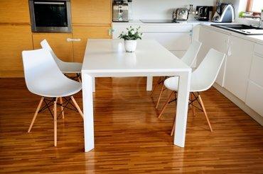 Krzesło plastikowe Mindy białe